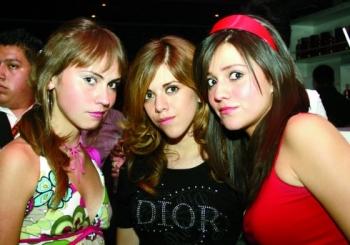 Fernanda, Ana y Dany.  -  - Puebla