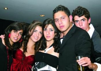 Renata, Sary, Liz, Guillermo y Ricardo. -  - Puebla