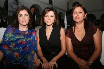 María Carmen Morales, Ana del Río y Ofelia Romero.   -  - Puebla