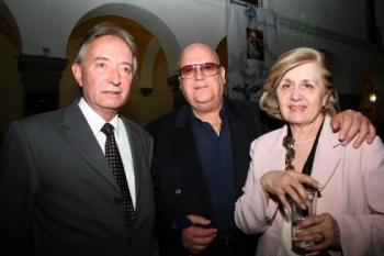 Manuel Cue, Fernando Diez y Ángeles de Diez.   -  - Puebla
