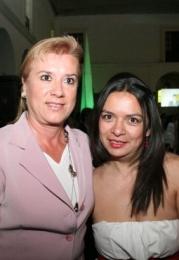 Angélica León y Susana Rivas.   -  - Puebla