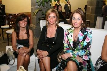 Carmina Fernández, Raquel Fernández y Coral Lozano.  -  - Puebla