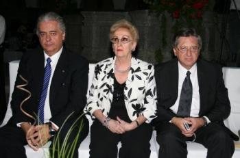 El representante de CINIA y Fernando Trillas.   -  - Puebla