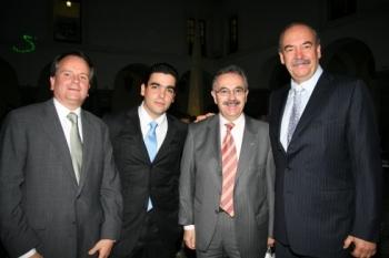 José Antonio López Malo, Armando Prida Noriega, Juan José Rodríguez Posada y Armando Prida Huerta. ...