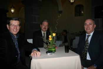 Xavier Gutiérrez, Luis Miguel Briones y Jorge González Trujeque.  -  - Puebla