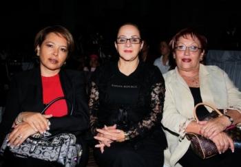Rosy Meza de Martínez, Nancy Rigo Nochebuena y María Luisa Meza Viveros.  -  - Puebla