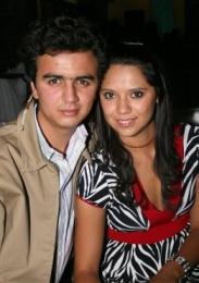 Allier y Karla.  -  - Puebla
